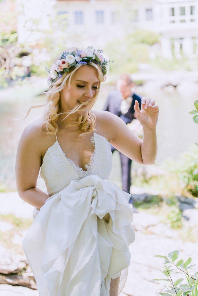 Hochzeitsfotograf_see_blumen_hochzeit
